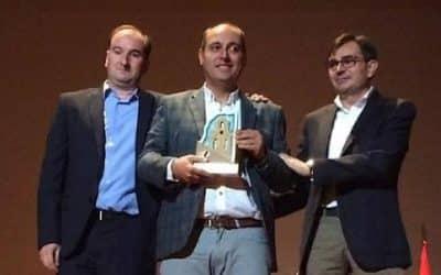 El IEG entregó el Premio 'Cronista Alfredo Cazabán' al historiador ubetense Vicente Ruiz