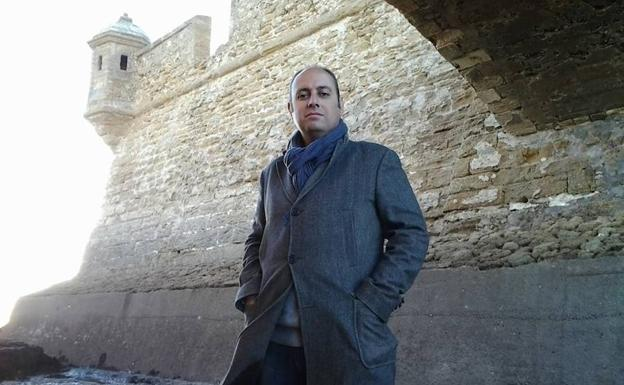 Vicente Ruiz presenta hoy su libro 'Los arsenales del Rey'
