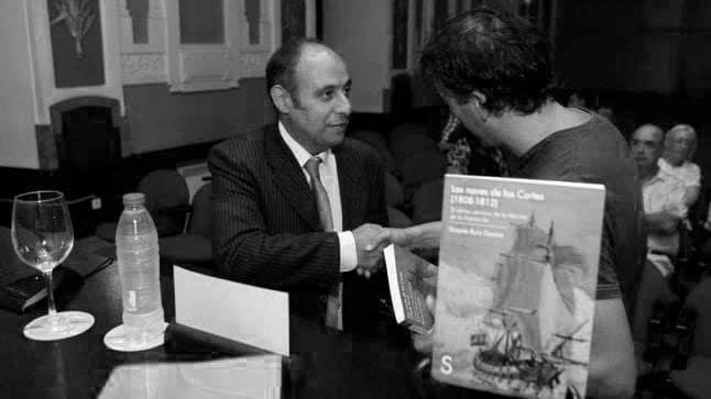 firma-de-libros-Vicente-Ruiz-García